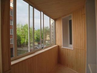 Вагонка на балконе хорошего качества
