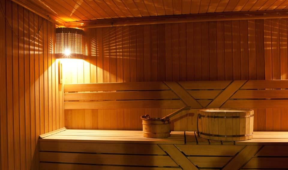 Парилка в сауне или бане – место, где чаще всего используется вагонка, а том числе и из сосны