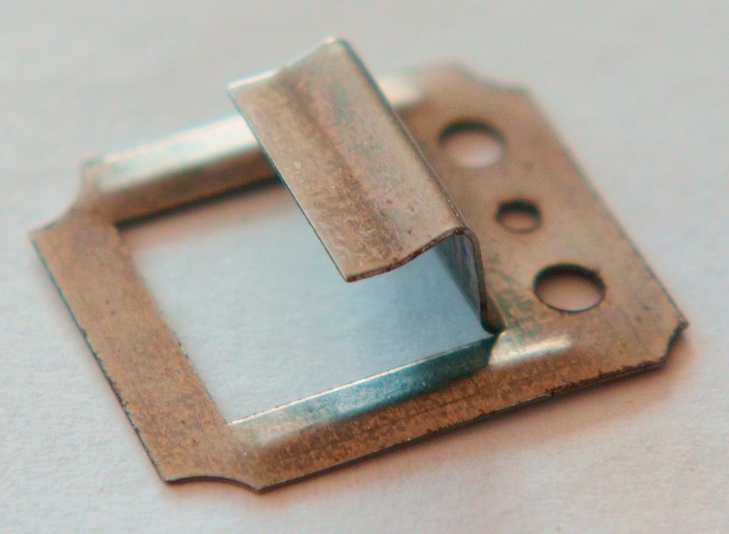 Кляймеры, используются для более прочного и эстетичного монтажа отделочных материалов и вагонки в том числе