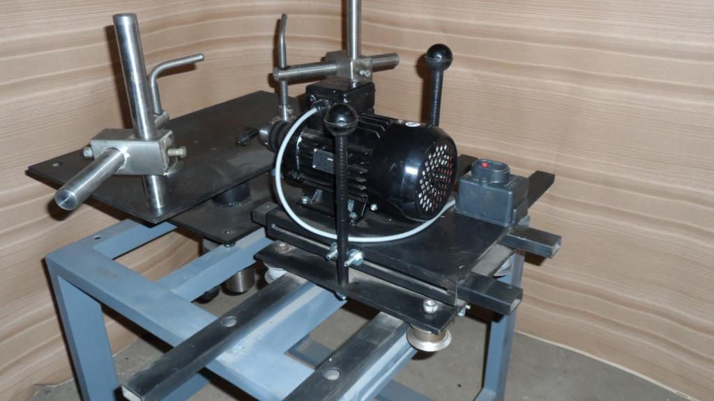 Мы видим пример вагонки, которая может быть изготовлена самолично, своими руками дома