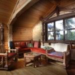 Потолки из планкена в брусовом доме: стиль русская усадьба