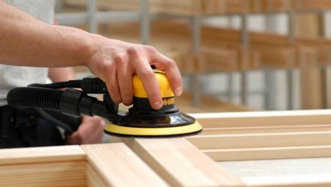Шлифование деревянной поверхности