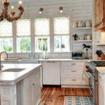 Дерево, плитка, натуральный камень – лучшие материалы для стиля кантри