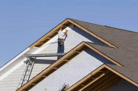 Работа на высоте кроет в себе много опасности